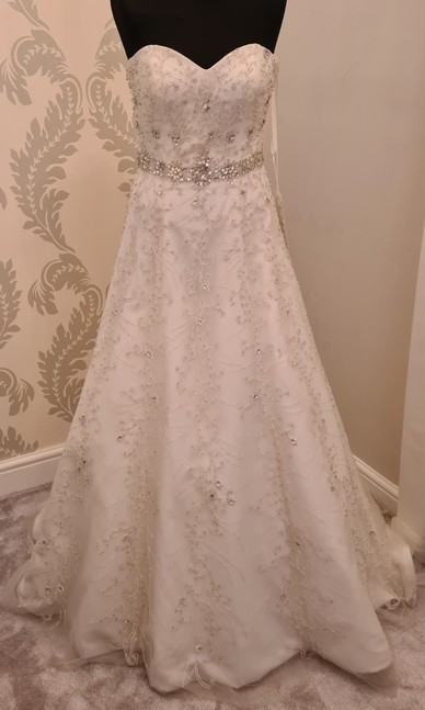 Elite Bridal off the peg - Size 8 & 10 only
