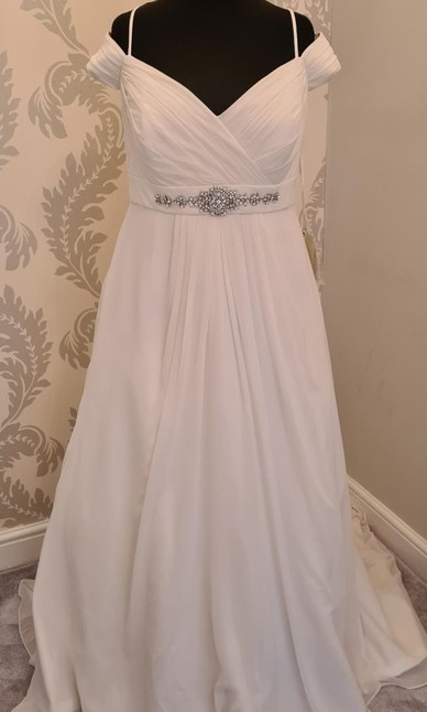 Sonsie - Ivory - Size 22 - Front